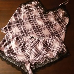 🆕️Victoria Secret's sleeping nightwear set